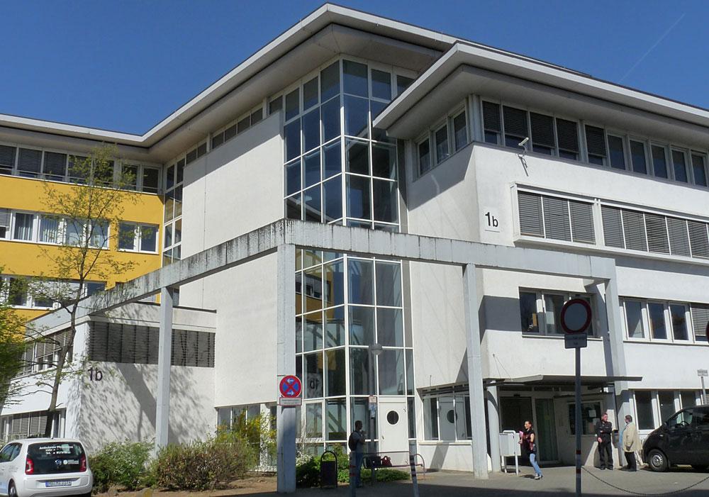 Strichmädchen aus Hanau